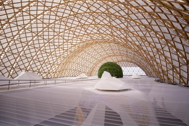 Павильон Японии на Экспо-2000 в Ганновере. Совместно с Фраем Отто. Фото: Hiroyuki Hirai. Предоставлено Shigeru Ban Architects
