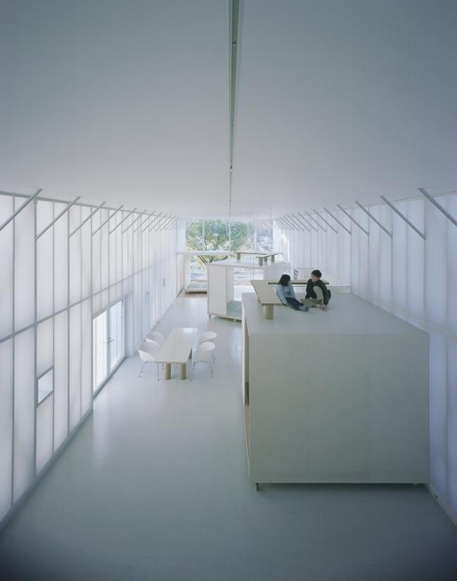«Обнаженный дом» в Сайтама, Япония. 2000. Фото: Hiroyuki Hirai. Предоставлено Shigeru Ban Architects