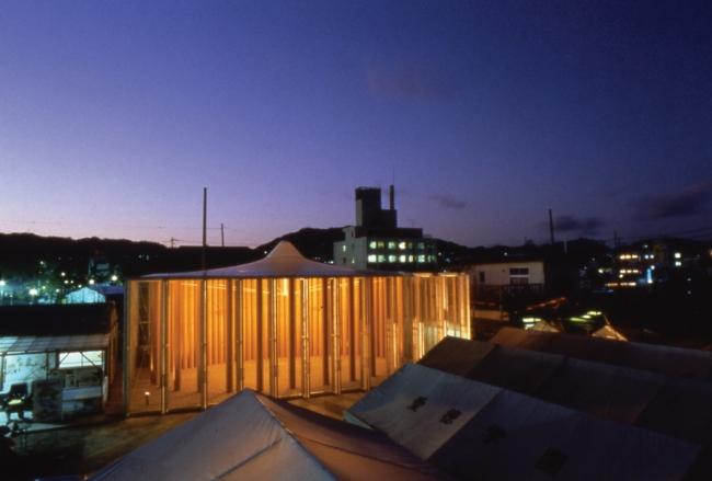 Бумажная церковь в Кобе. 1995. Фото: Hiroyuki Hirai. Предоставлено Shigeru Ban Architects