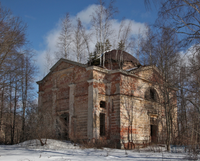 Храм в Мольгино. Фотография Андрея Чекмарева, arch-heritage.livejournal.com