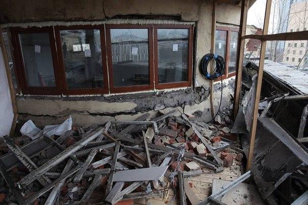 Несанкционированные ремонтные работы в доме Наркомфина. Фото: Анастасия Балакирева