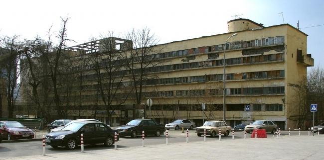 Здание Наркомфина. Фото: wikimedia.org