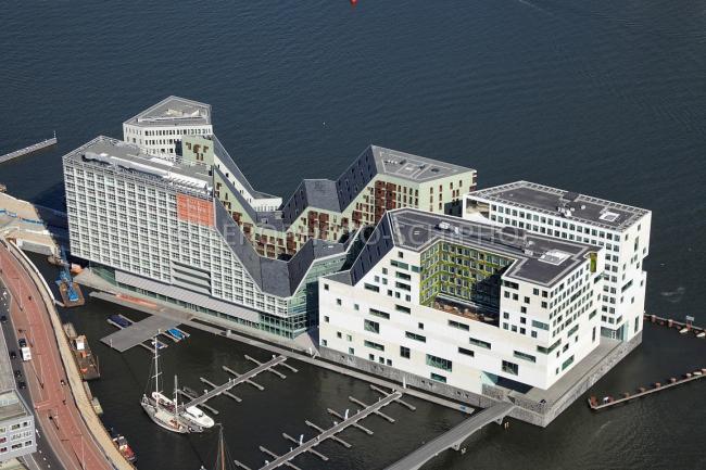 Комплекс IJdock. Отель и Дворец правосудия. Фото: Aerophoto-Schiphol luchtfotografie