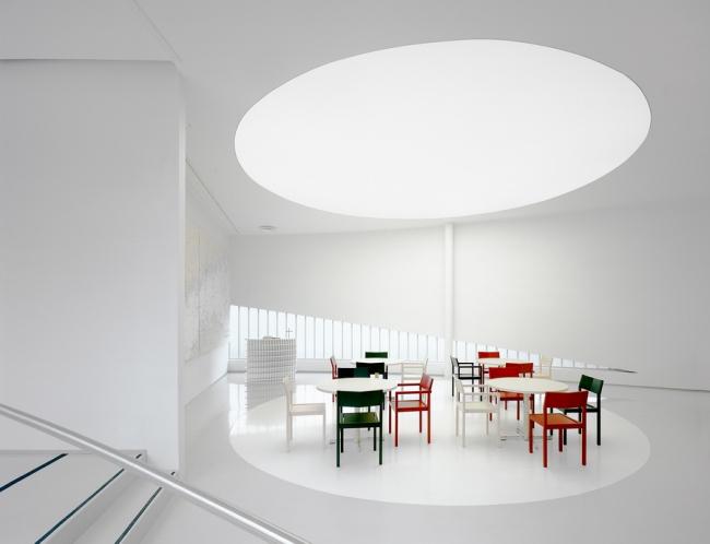Хельсинкский центр моряков ARK-house Architects. Фото: Jussi Tiainen