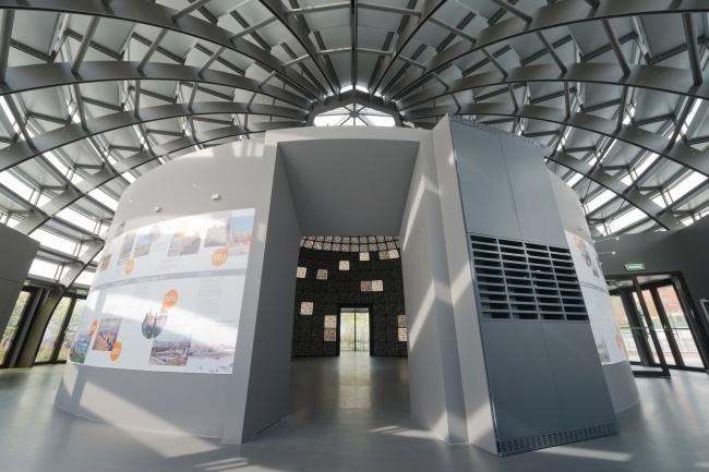 Информационный павильон парка «Зарядье»