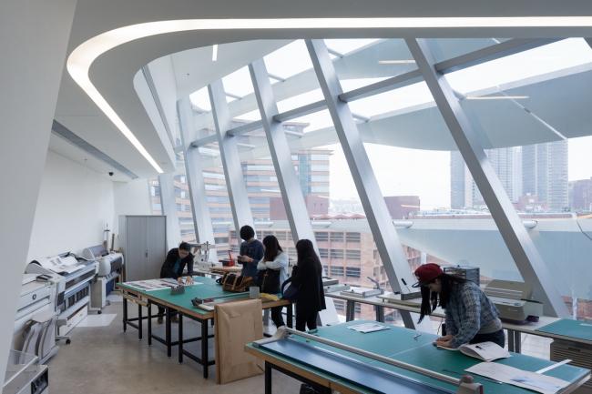 Корпус Jockey Club Innovation Tower Гонконгского политехнического университета. Фото © Iwan Baan