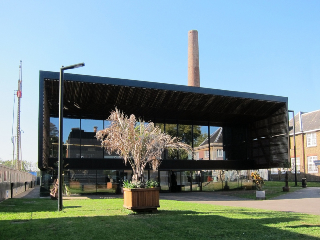 Центр искусств Берни Гранта. Фото: Alan Stanton via flickr.com. Лицензия CC BY-SA 2.0