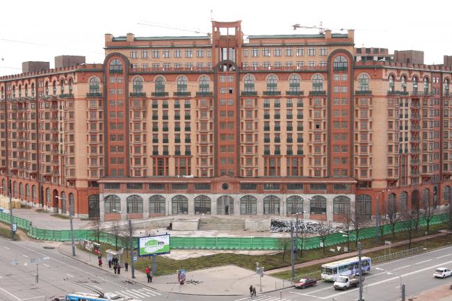 Многофункциональный комплекс в Санкт-Петербурге, ул. Наличная, Квартал 7-9. Фотография предоставлена компанией «Славдом»