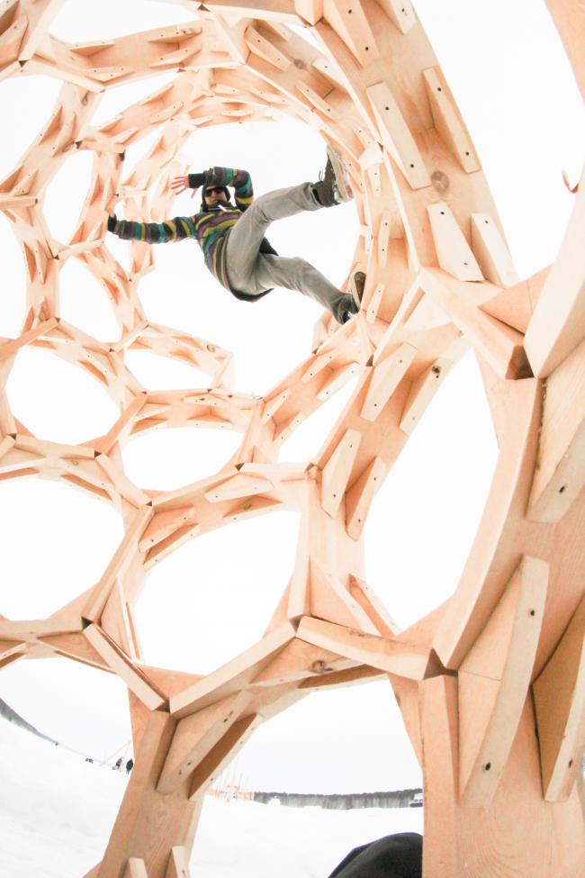 «Арт-объект»от жюри–выСОТЫ команды БуБля. Фотография Барановой Марии и Рупасова Евгения.