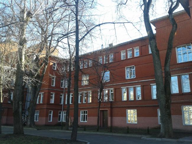 Школа (Строительный колледж №30, «Баухауз – 30»). Фотография: Наталия Меликова