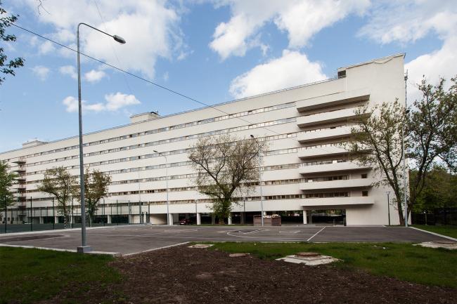 Общежитие студентов Текстильного института («Коммуна»). Фотография: Наталия Меликова