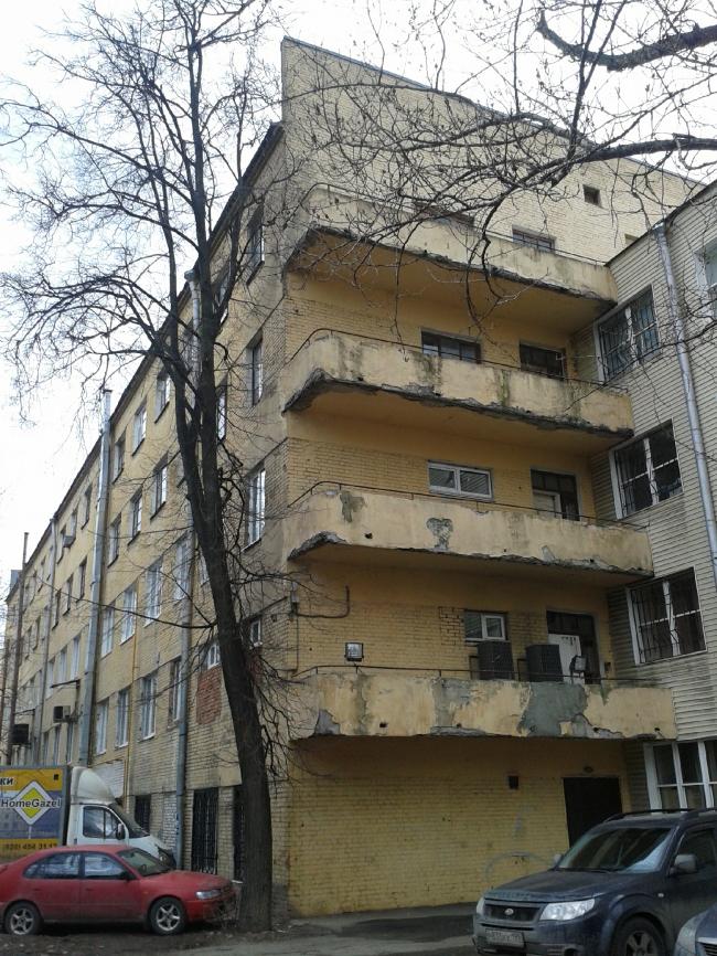 Общежитие Текстильного института («Белое»). Фотография: Наталия Меликова