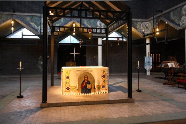 Церковь Боу Коммон. Фото:  Jason John Paul Haskins http://locusiste.org https://flic.kr/p/dutxS1
