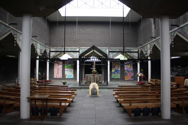 Церковь Боу Коммон. Фото:  Jason John Paul Haskins http://locusiste.org https://flic.kr/p/6pGFnb
