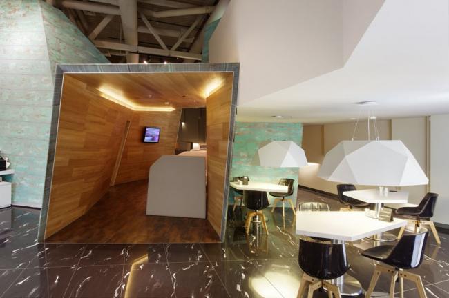 «Бизнес-пространство в общественном интерьере»–победитель VIP-зона аэропорта «Кольцово», выполненная Архитектурной студией NefaResearch. Фотография предоставлена организатором.