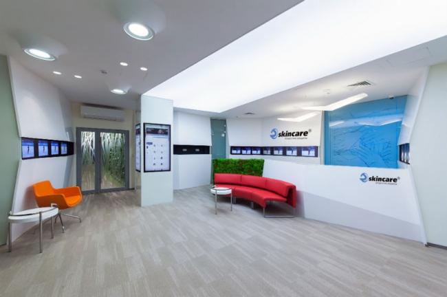 «Приз зрительских симпатий» получил офис компании Skincare от Архитектурного бюро DWG Construction.