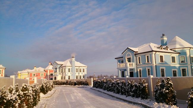 Коттеджный поселок «Мариинская Усадьба». Фотография с сайта mariinskaya.info