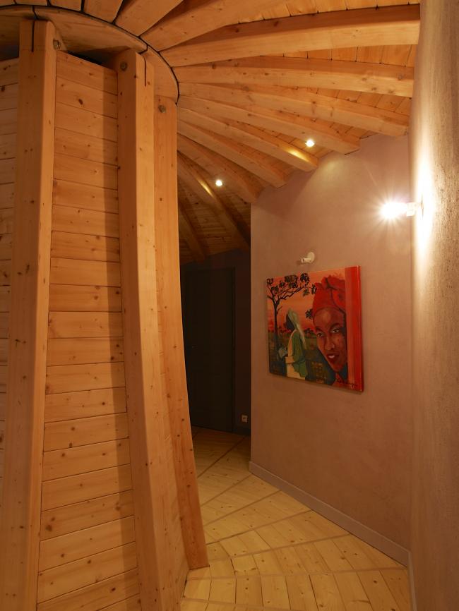 Вращающийся дом Domespace в Лионе©www.domespace.ru