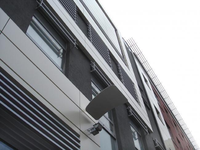 Реконструкция комплекса производственных зданий в Москве. Фрагмент фасада. Архитектурное бюро «Четвертое измерение»