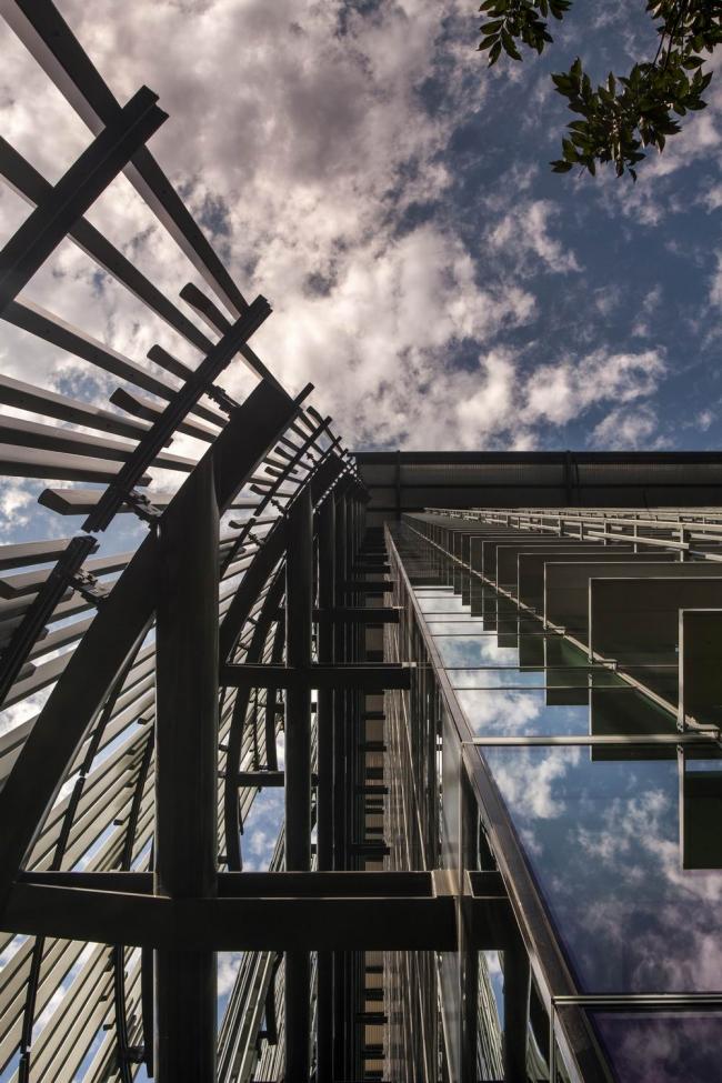 Здание EGWW в Портленде. Фото © Nic Lehoux
