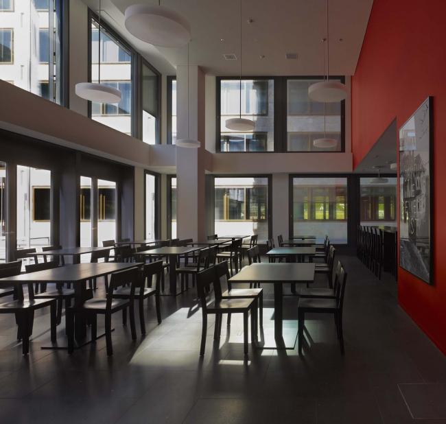 Кампус Педагогического института Цюриха в квартале Europaallee © Stefan Müller