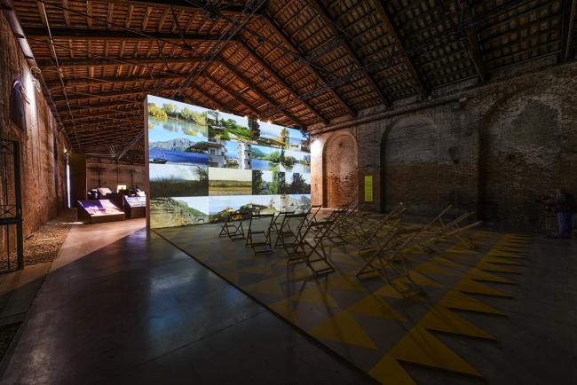 Экспозиция в павильоне Италии. Фото: Andrea Avezzù. Предоставлено Biennale di Venezia
