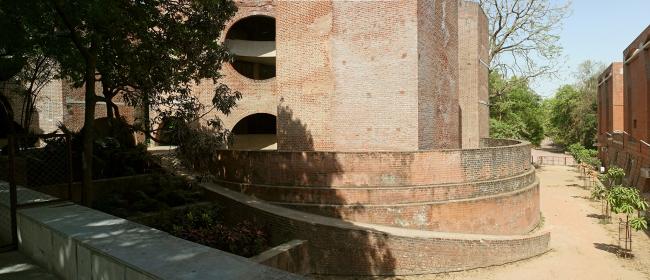 Индийский институт менеджмента в Ахмедабаде. Фото © Marat Nevlyutov
