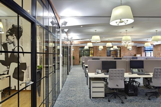Офис компании «ПрофМедиа Менеджмент/Централ Партнершип». Система освещения. Архитектурное бюро UNK project