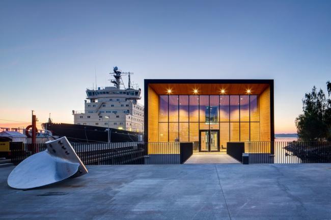 K2S. Плавучая штаб-квартира компании Arctia Shipping в Хельсинки © Mika Huisman