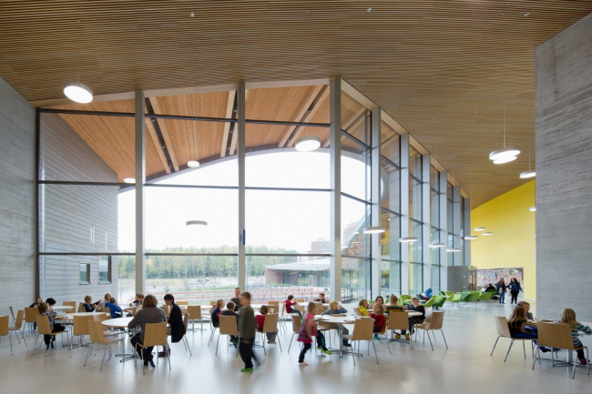 Verstas Architects. Школа Сауналахти в Эспоо © Andreas Meichsner