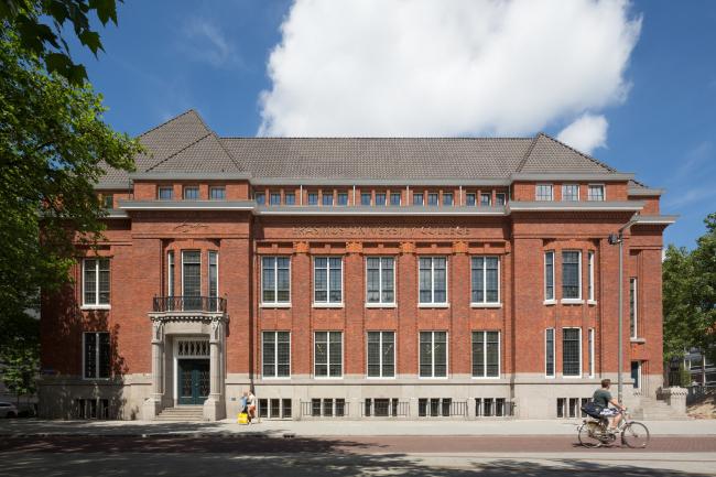 Erasmus University College в Роттердаме © (designed by) Erick van Egeraat / Ossip van Duivenbode
