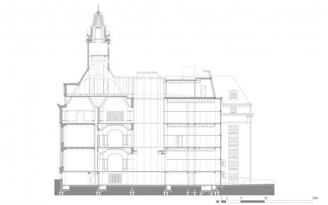 Разрез по линии B, хорошо виден встроенный атриум. Erasmus University College. Section B © (designed by) Erick van Egeraat