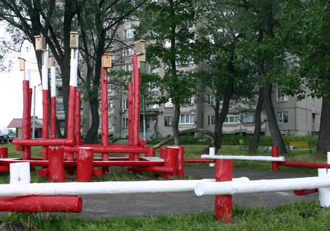 Детская площадка. Улица 1-го мая. Фото Марины Игнатушко