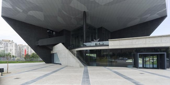 Культурный центр CaixaForum в Сарагосе © Estudio Carme Pinós
