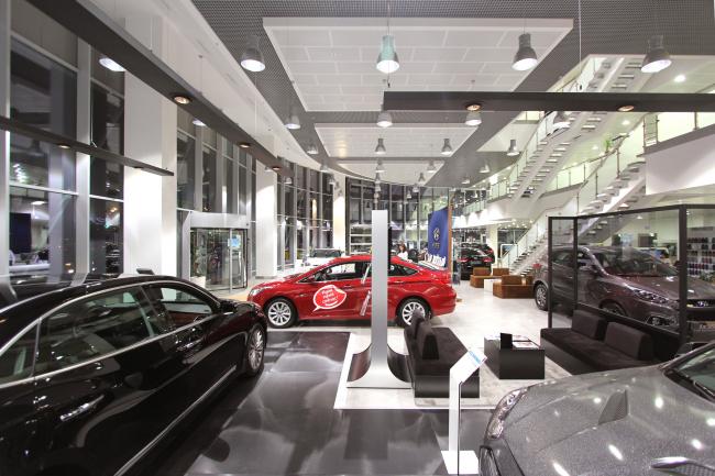 Land Rover И Hyundai Центр «Авилон» © Архитектурное бюро Асадова
