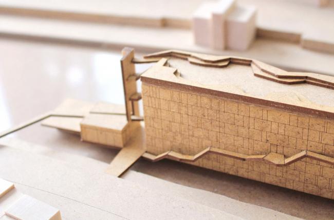 Модель. Проект «Волна Дуная. Административное здание для творческих профессий на Дунайском канале, Вена». © Автор: Надежда Повтарева