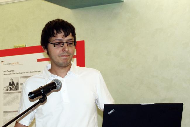 Hector Munoz из бюро DAT Pangea. Фотография Аллы Павликовой