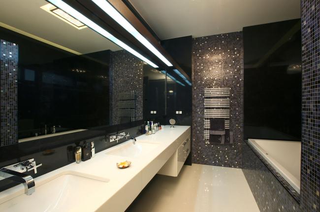 Подмосковный загородный дом. Решение ванных комнат ©Четвертое Измерение