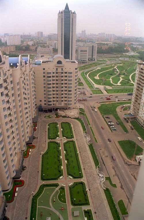 Подземный гараж Газпрома на ул. Наметкина. Фотография с сайта zinco.ru