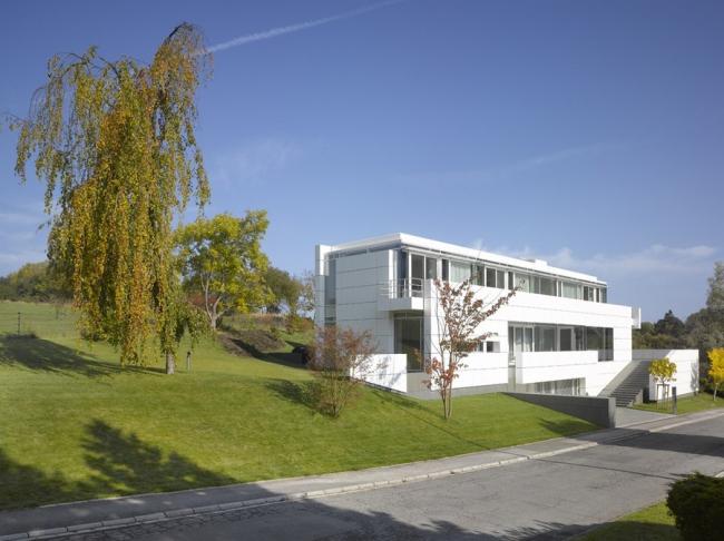Дом в Люксембурге © Roland Halbe