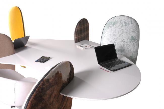 Столы «Острова», 2012 г. Автор: Арсений Леонович © Архитектурное бюро PANACOM
