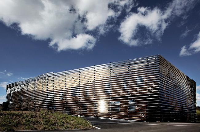 «Высшее образование и исследования» / Медиатека Университета провинции Даларна в Фалуне (Швеция), бюро ADEPT. Изображение предоставлено WAF