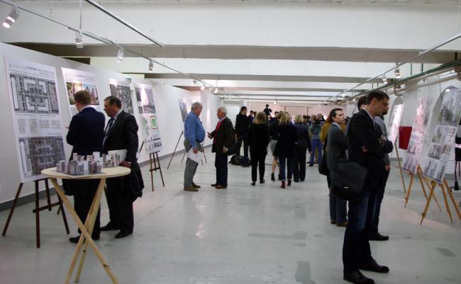 Выставка проектных предложений по преобразованию серий жилых домов повторного применения в Музее Москвы. Фотография А.Павликовой