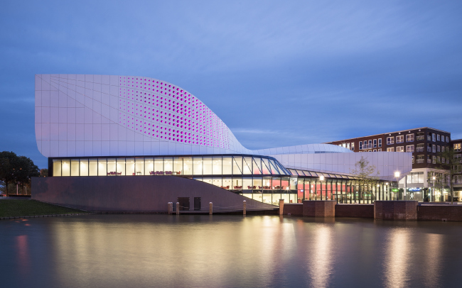 Театр де Ступ © Jan Paul Mioulet