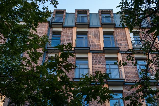 Реновация здания на улице Берзарина. Фотография © Мастерская ADM / Анатолий Шостак