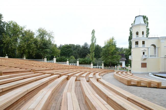 Зеленый театр на ВДНХ. Фотография © Мастерская Wowhaus / Илья Иванов