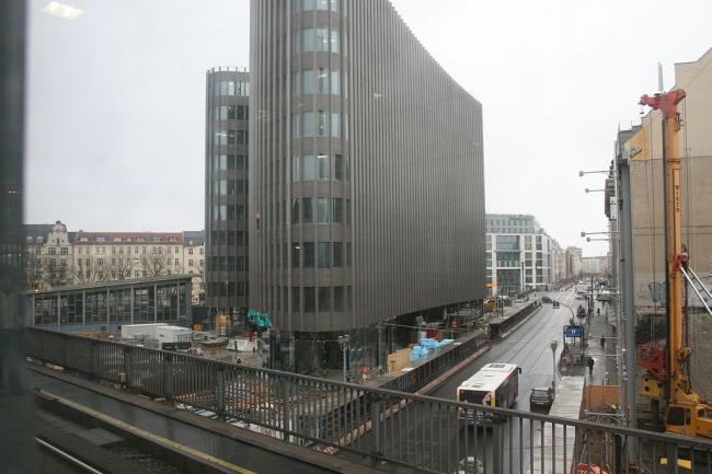 Штаб-квартира немецкого филиала Ernst & Young. Фото: Mermer via Wikimedia Commons. Лицензия CC