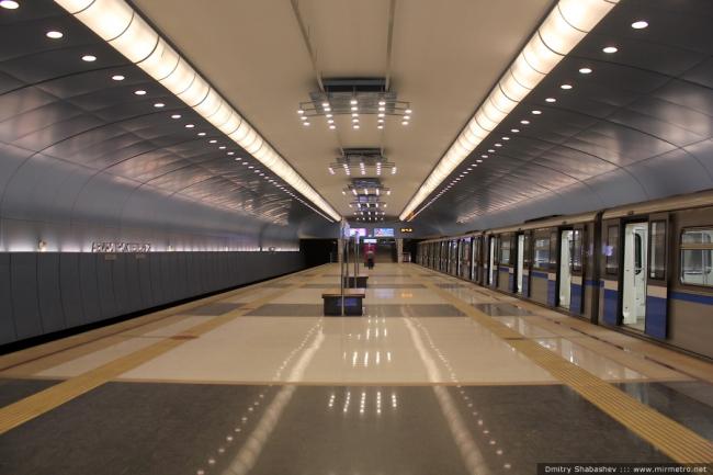 Станция метро Авиастроительная. Фото с сайта mirmetro.net