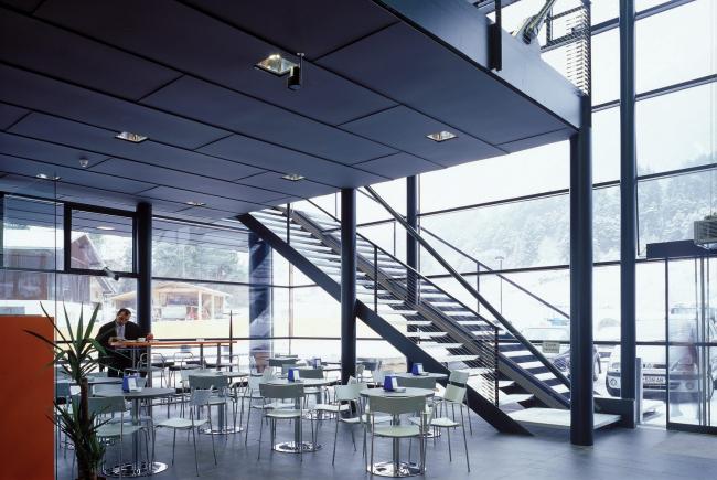 Супермаркет MPREIS в Тельфсе. Архитектор Петер Лоренц © Thomas Jantscher