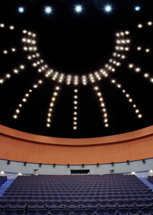 Киноконцертный зал «Мир Кинотавра». Фото с сайта eco-d.ru